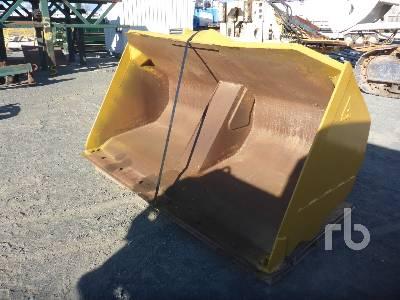 DYMAX Q/C 4 Yard Hydraulic High Lift Roll Wheel Loader Bucket