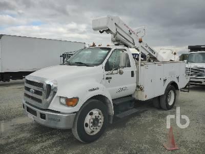 2007 FORD F750 XL w/Terex Bucket Truck