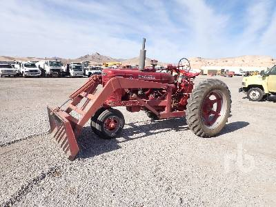 1954 INTERNATIONAL HARVESTER FARMALL S-MTA 2WD Antique Tractor