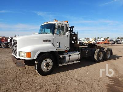 1994 MACK CH613 T/A Winch Tractor
