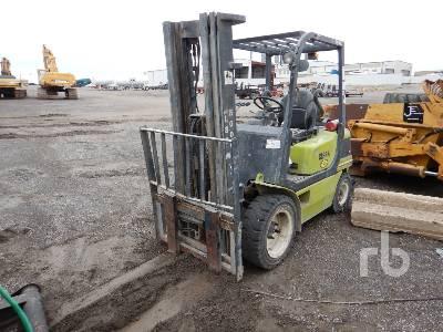 2009 CLARK Q30 5200 Lb Forklift