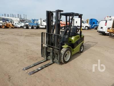 CLARK C30D 6000 Lb Forklift