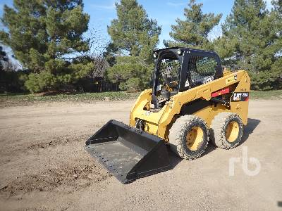 CATERPILLAR 236D Skid Steer Loader