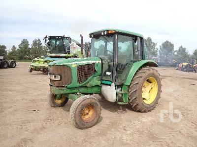 JOHN DEERE 6220 2WD Tractor