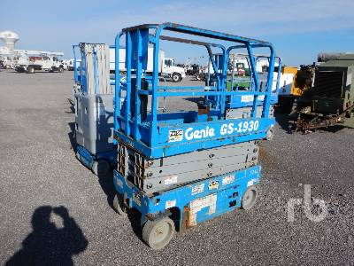 2011 GENIE GS1930 19 Ft Electric Scissorlift