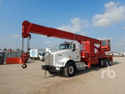 2013 KENWORTH T800 Tri/A w/QMC RG38T60 30 Ton Boom Truck