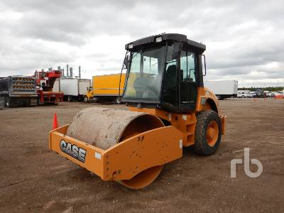 2004 CASE SV210 66 In. Smooth Drum Vibratory Roller
