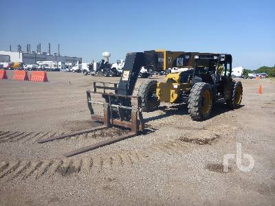 2015 CATERPILLAR TL943C 9000 Lb 4x4x4 Telescopic Forklift