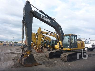 2008 JOHN DEERE 240D Hydraulic Excavator