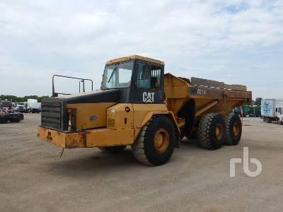 1998 CATERPILLAR D250E 6x6 Articulated Dump Truck