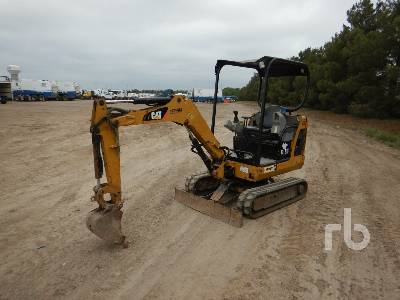 2011 CATERPILLAR 301.8C Mini Excavator (1 - 4.9 Tons)