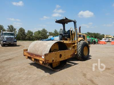 2000 CATERPILLAR CS563D Vibratory Roller