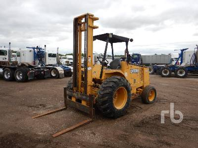 2000 JOHN DEERE 486E 6000 Lb Rough Terrain Forklift