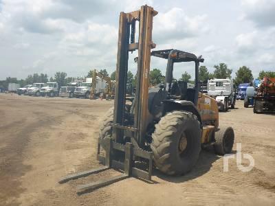 2005 CASE 586G 6,000 lb Rough Terrain Forklift