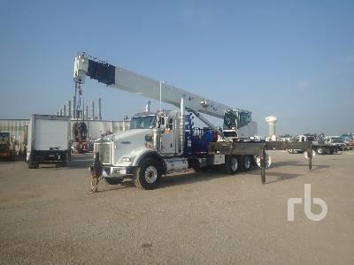 2009 KENWORTH T800 Tri/A w/National 18103 40 Ton Boom Truck