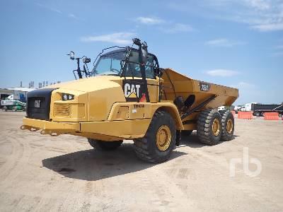 2016 CATERPILLAR 725C Articulated Dump Truck