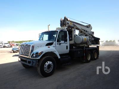 2009 INTERNATIONAL 7400 T/A Drill Truck