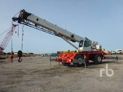 2009 LINK-BELT RTC-8050 SERIES 50 Ton 4x4x4 Rough Terrain Crane