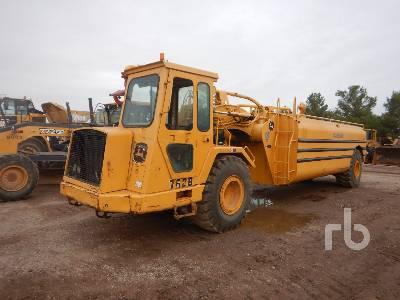 2001 JOHN DEERE 762B 6000 Gallon Water Wagon