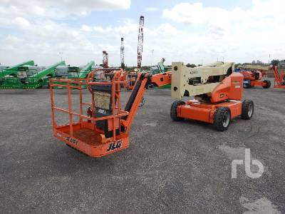 2013 JLG E450AJ Electric Articulated Boom Lift