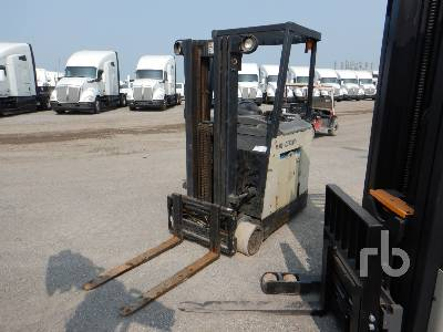 2014 CROWN RC3020-40 3650 Lb Electric Forklift
