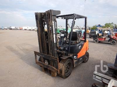 DOOSAN G30P-5 5450 Lb Forklift