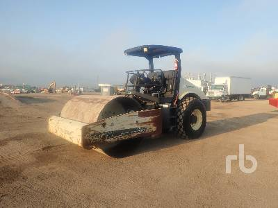 2004 INGERSOLL-RAND SD105DXTF Vibratory Roller