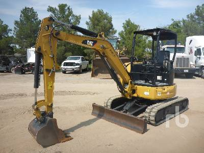 2015 CATERPILLAR 303.5E2 CR Mini Excavator (1 - 4.9 Tons)