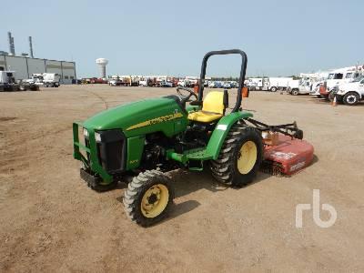 JOHN DEERE 3203 Utility Tractor