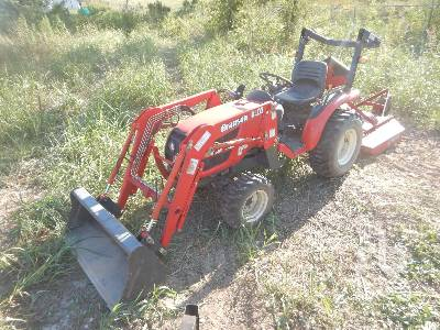 2013 BRANSON 2400M 4WD Utility Tractor
