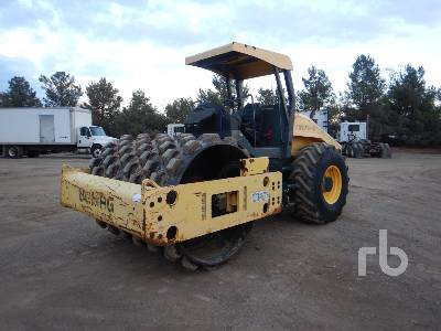 2013 BOMAG BW211PD-40 Vibratory Padfoot Compactor