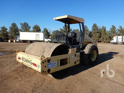 2008 BOMAG BH211D-40 Vibratory Roller