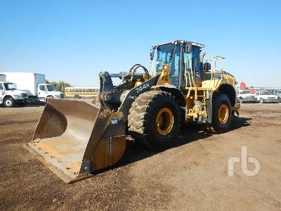 2010 JOHN DEERE 744K Wheel Loader