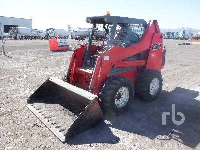 1999 CASE 85XT Skid Steer Loader
