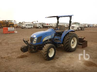 NEW HOLLAND T2420 4WD Utility Tractor