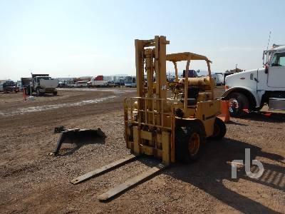 CLARK CHY80 LPG Rough Terrain Forklift