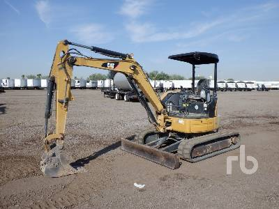 2011 CATERPILLAR 304DCR Mini Excavator (1 - 4.9 Tons)