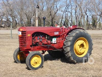 MASSEY HARRIS 44 2WD Antique Tractor