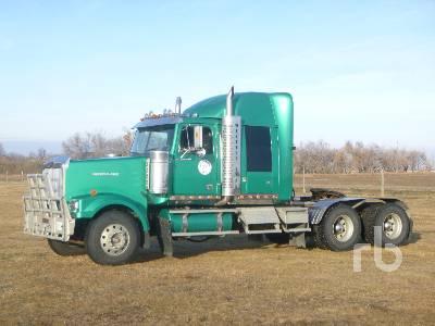 2005 WESTERN STAR 4900EX Sleeper Truck Tractor (T/A)