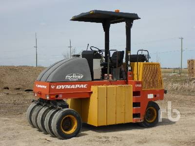 1998 DYNAPAC CP132 9 Wheel Pneumatic Roller