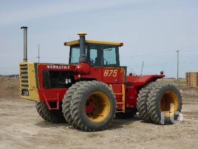 1978 VERSATILE 875 4WD Tractor