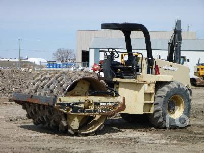 1999 INGERSOLL-RAND SD100F Vibratory Padfoot Compactor