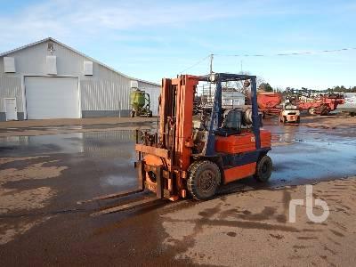 TOYOTA 25 5000 Lb Forklift