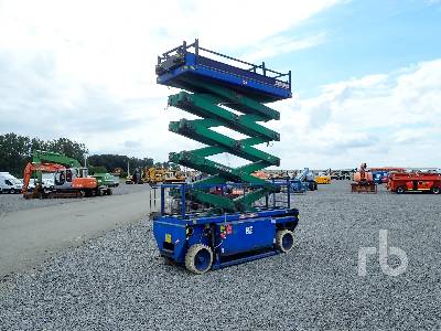 2004 HOLLAND LIFT N140EL12 Electric Scissorlift