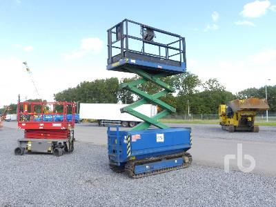 2006 HOLLAND LIFT Y70DL12TR Crawler Scissorlift