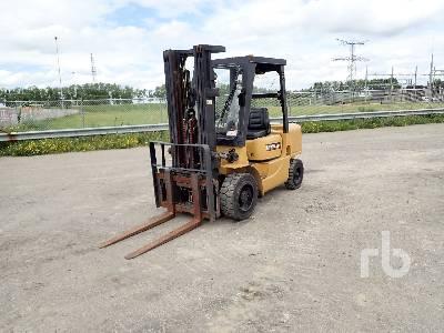 2001 CATERPILLAR DP30K Forklift