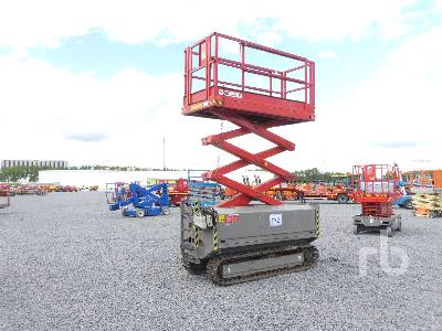 2007 HOLLAND LIFT Y70DL12TR Crawler Scissorlift