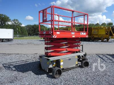 2011 HOLLAND LIFT HL9714 Electric Scissorlift