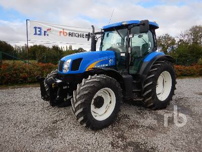 2004 NEW HOLLAND TS125A MFWD Tractor
