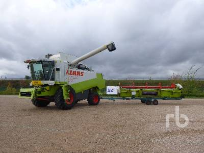 2000 CLAAS LEXION 450 Small Grain Combine